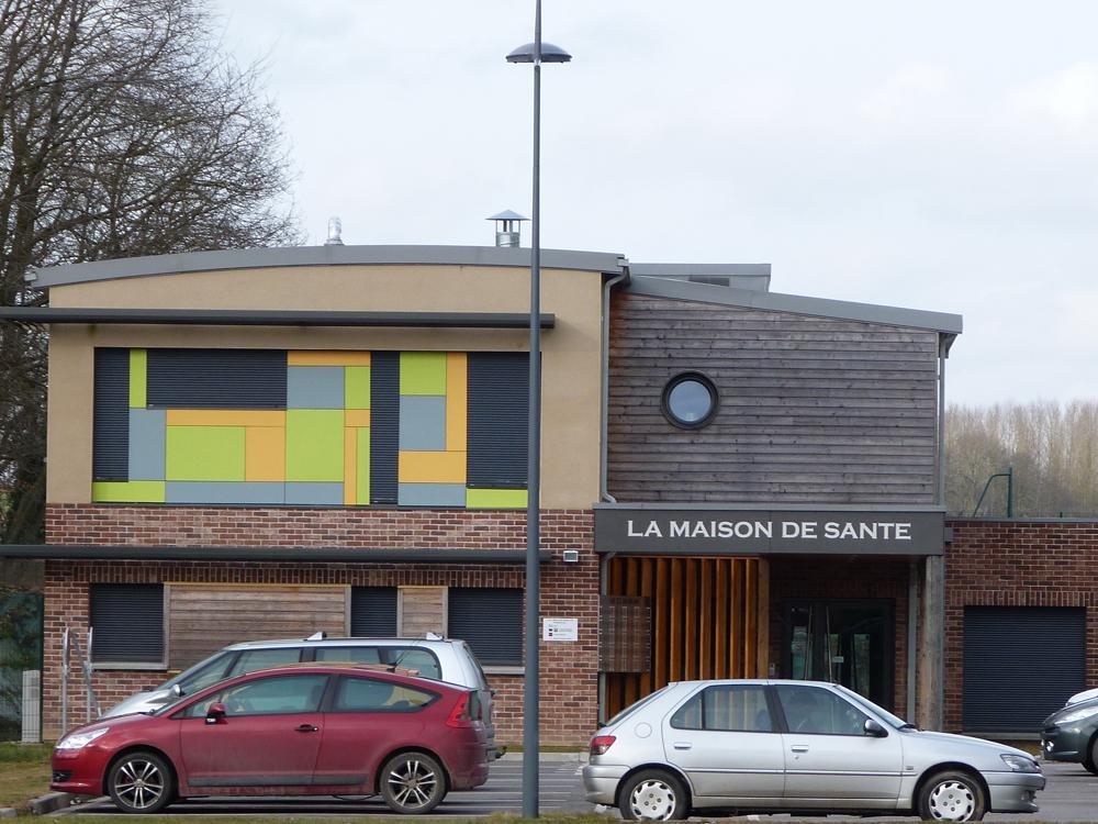 Warloy-Baillon-Place-du-fort-et-buste-A-Carnoy